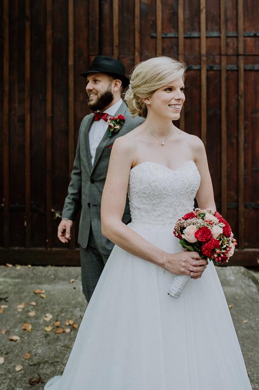 Hochzeitsfotograf und Brautpaar in Rudersberg